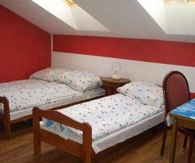 Pokoje Gościnne Marysienka